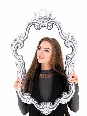 Silver Vintage Style Posing Frame
